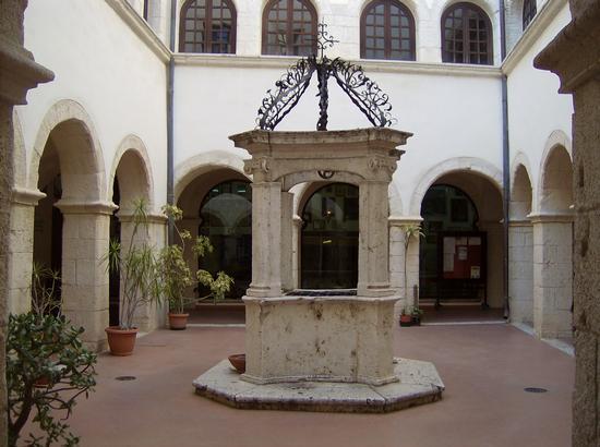 Il Chiostro di Bonaria - Cagliari (753 clic)