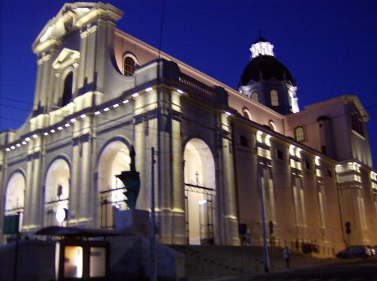 Basilica di Bonaria - Cagliari (579 clic)