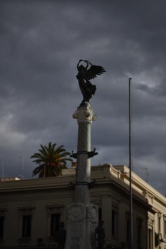 monumento dei caduti - Reggio calabria (1676 clic)