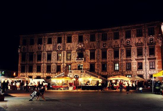 Piazza dei Cavalieri di sera - Pisa (1947 clic)
