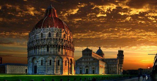Piazza dei Miracoli - Pisa (11139 clic)