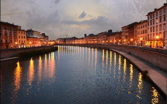 Pisa al tramonto | PISA | Fotografia di Gianfranco Barbuti