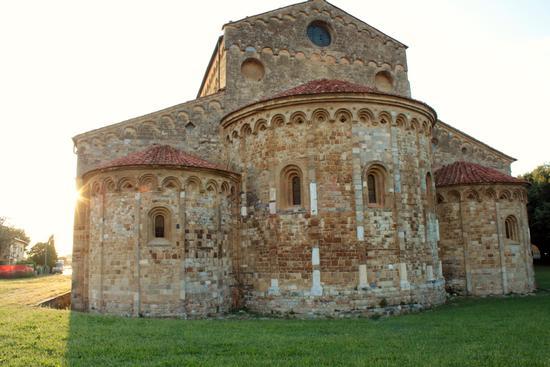 Basilica di San Piero a Grado - MARINA DI PISA - inserita il 26-Aug-13