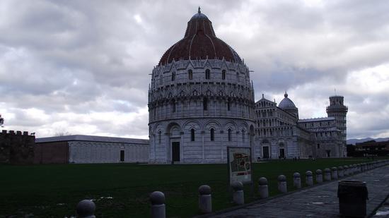 Piazza dei Miracoli - Pisa (793 clic)