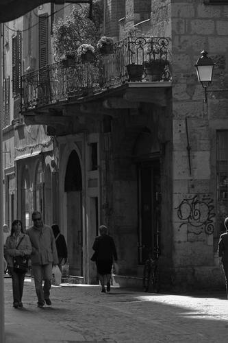 Verso Piazza Mercato - Brescia (1101 clic)