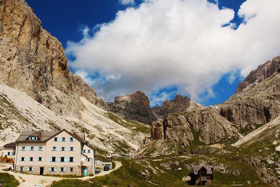 Rifugio vajolet  2243m (Val di fassa ) (3692 clic)