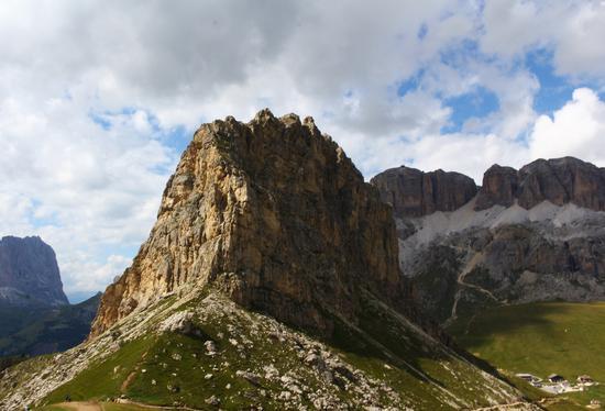 l'insormontabile montagna - Passo pordoi (1778 clic)