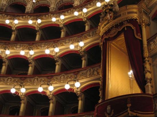 teatro massimo - Catania (7738 clic)