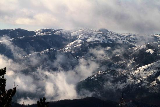 la neve e la nebbia - Canneto sabino (827 clic)