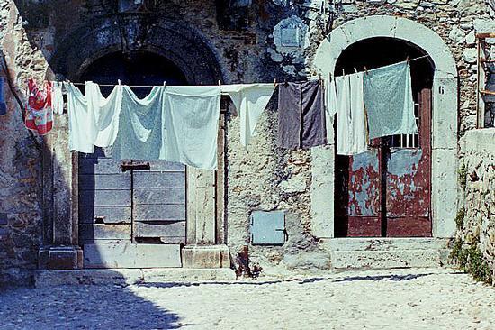 panni stesi - Collalto sabino (938 clic)