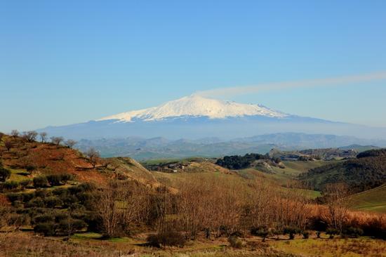 Etna in eruzione vista da Enna (2012 clic)