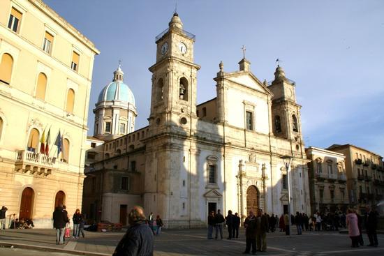 Duomo di Caltanissetta (1825 clic)