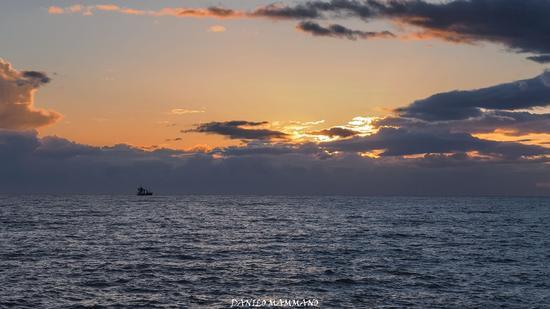 Tramonto in alto mare - San leone (605 clic)
