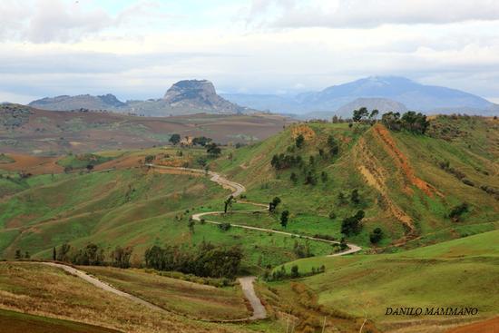 Colline e montagne in autunno  - Serradifalco (2911 clic)