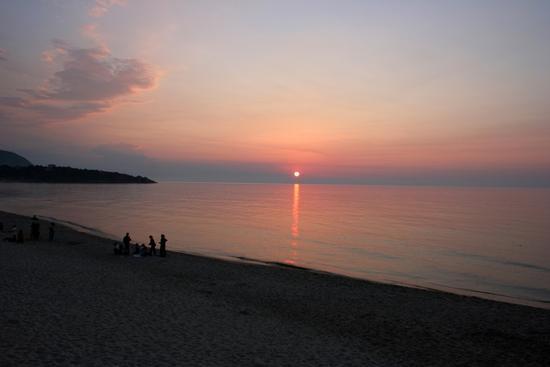 tramonto rosso - Cefalù (2327 clic)
