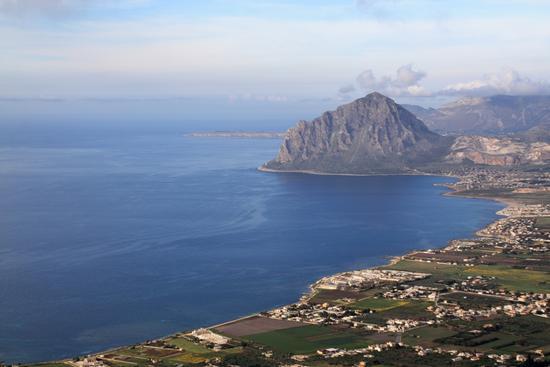 Panorama visto da Erice (TRAPANI) (3371 clic)