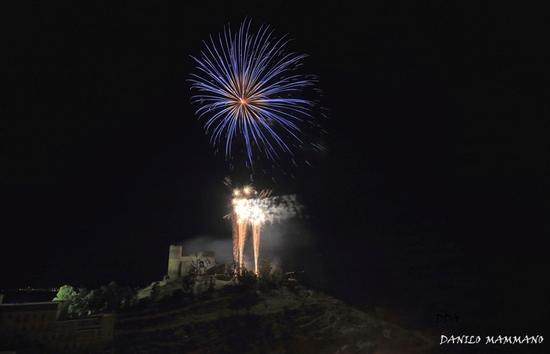 Fuochi d'artificio a Mazzarino - MAZZARINO - inserita il 30-Dec-14