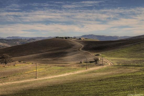 La stradina - Caltanissetta (493 clic)