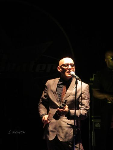 giuliano palma & the bluebeaters - Osimo (1297 clic)
