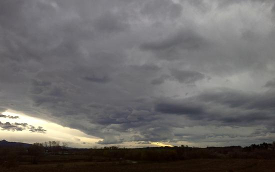 Un cielo fantastico - Buja (1191 clic)