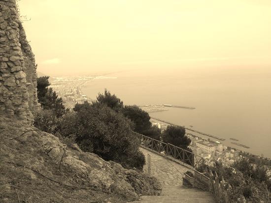 salerno dal castello - SALERNO - inserita il 05-Nov-12