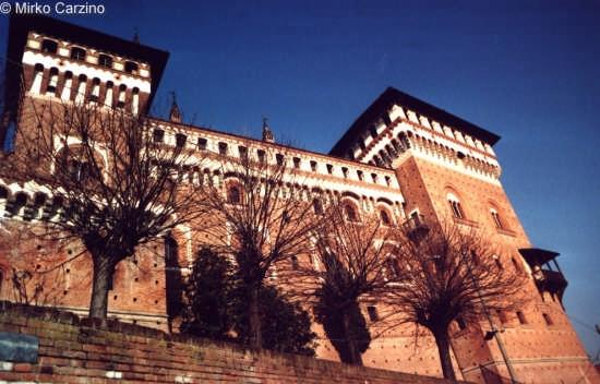 Castello di  Cereseto - 2001 (2780 clic)