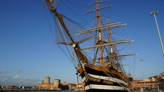 Amerigo Vespucci in porto  - Livorno (1144 clic)