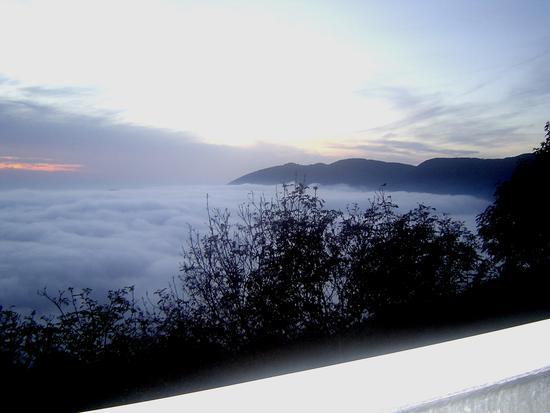 TRE METRI SOPRA IL CIELO - Monte serra (1380 clic)