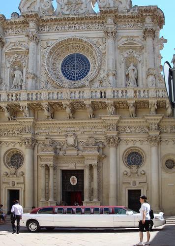 Nozze  esagerate. S.Croce - Lecce - (1016 clic)