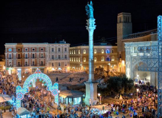 Lecce - Piazza S.Oronzo (748 clic)