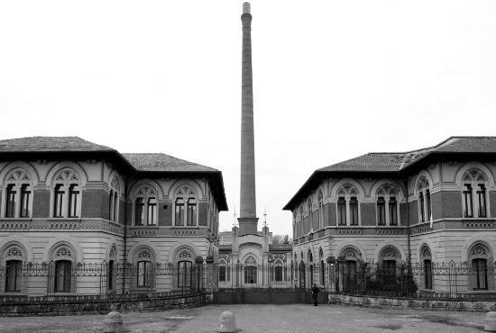 Fabbrica tessile di Crespi, l'ingresso - Crespi d'adda (1836 clic)
