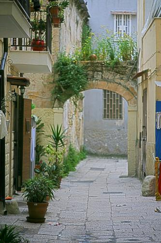 L'arco - Bari (1383 clic)