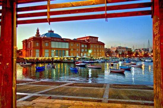 Teatro Margherita - Bari (2970 clic)