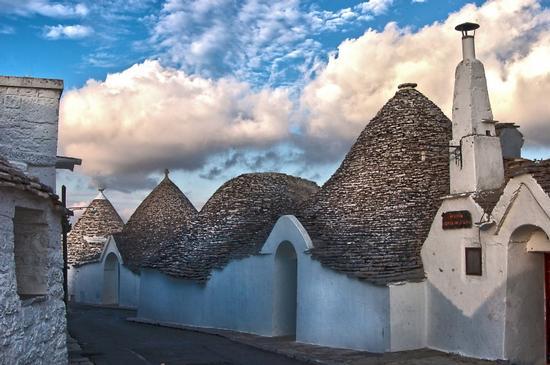 Trulli in libertà - Alberobello (6996 clic)