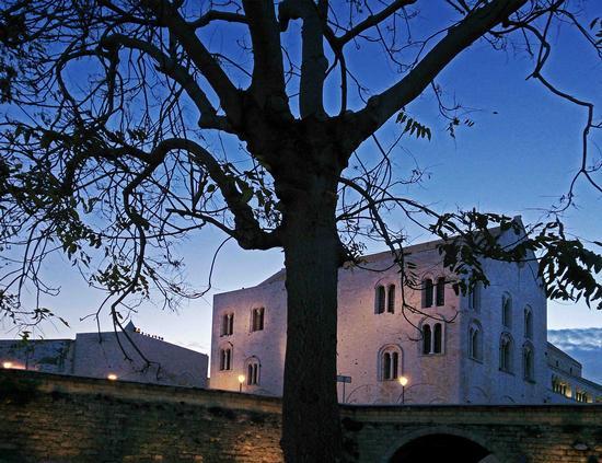 All'imbrunire - Bari (932 clic)