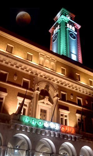 Campanile tricolore - Bari (2340 clic)
