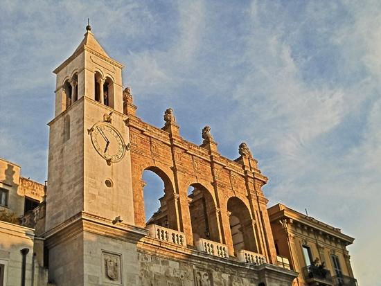 La loggia dei nobili - Bari (2083 clic)