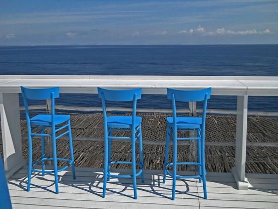 uno sguardo nel blu - Capri (3051 clic)