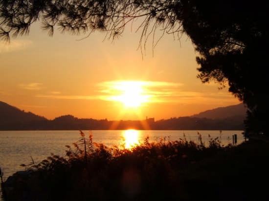 tramonto sul lago - Sarnico (3243 clic)