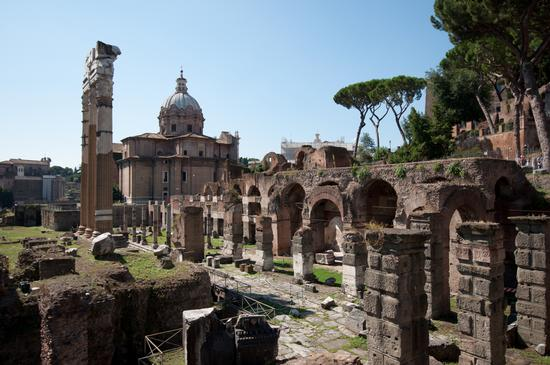 Piazza del Foro di Traiano - Roma (649 clic)