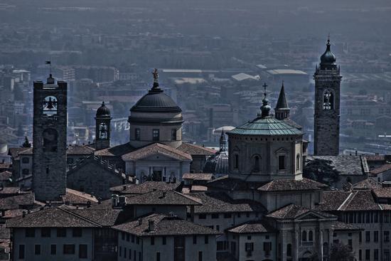Campanili e cupole di Bergamo Alta (1744 clic)
