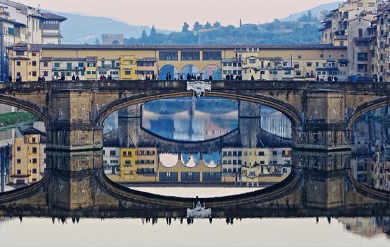 Riflessioni dell'Arno ...... - Firenze (2666 clic)