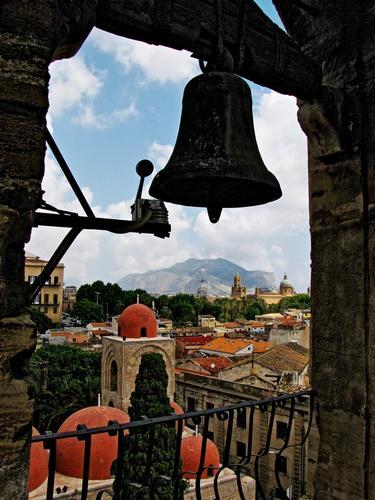 Speriamo non suoni .... - Palermo (3307 clic)