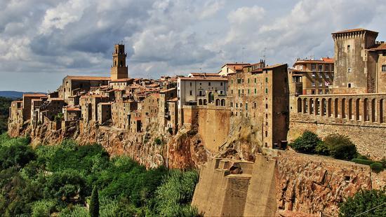 Panorama  - Pitigliano (1384 clic)