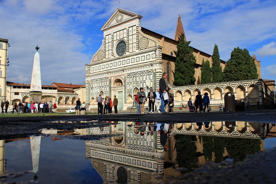 Riflessioni di Piazza Santa Maria Novella - Firenze (1549 clic)