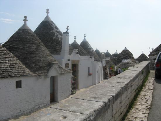 trulli - Alberobello (1043 clic)