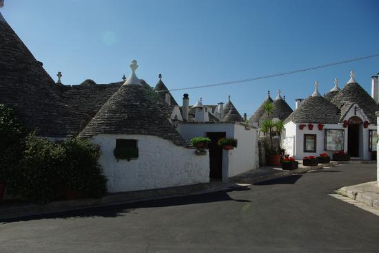 trulli - Alberobello (1021 clic)