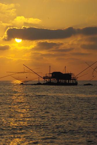 tramonto  - Marina di pisa (1080 clic)