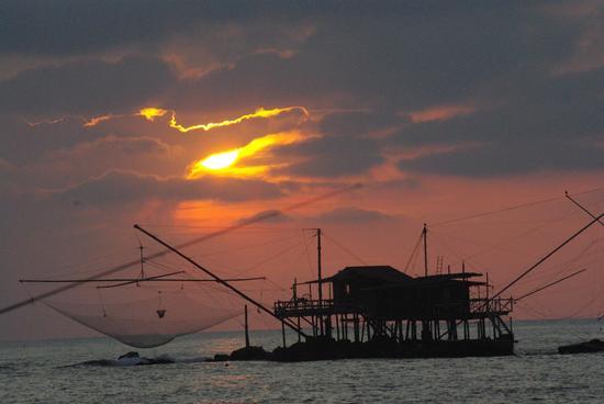 tramonto  - MARINA DI PISA - inserita il 03-Dec-12