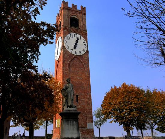 Dal belvedere.... - Mondovì (4007 clic)